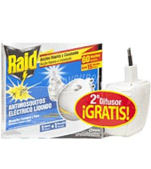 Raid Insecticida eléctrico líquido antimosquitos 2 difusores doble uso + 1 recambio de 4