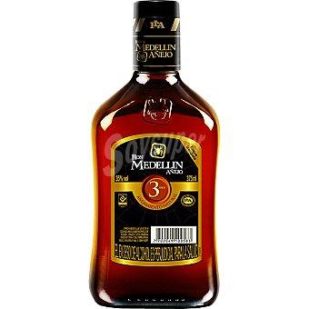 Medellin Ron añejo 3 años Colombia Botella 70 cl