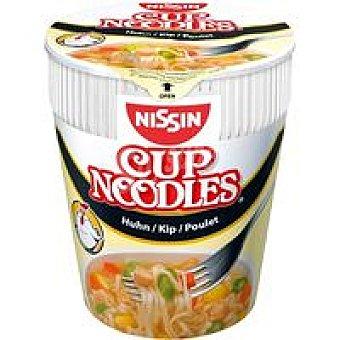 Nissin Noodles con Sabor a Pollo Bote 63 gr