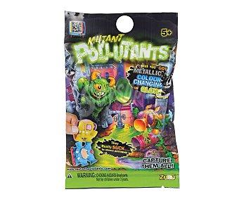 Imc toys Mini figuras mutantes coleccionables con ventosa, algunas brillan en la oscuridad, otras cambian de color, otras metálicasy normales. ¡Se pegan por todas partes! 1 unidad