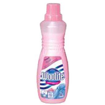 Woolite Detergente prendas finas a máquina Botella 750 ml