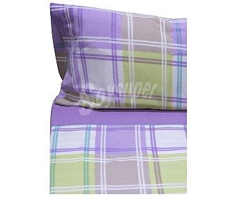 Auchan Juego de sábanas tejido pirineo 100% poliéster con estampado de cuadros en tonos morados, 160cm., AUCHAN.