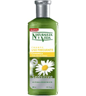 Naturaleza y Vida Champú Sensitive Camomila Bote de 300 ml