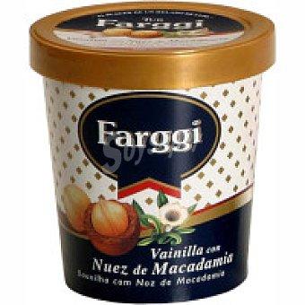 Farggi Tub`s de vainilla con macadamia Tarrina 500 ml