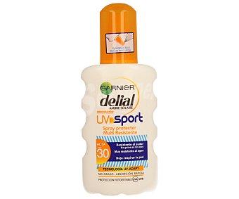 Delial Garnier Spray protector solar multi resistente FP-30 resistente al sudor al agua y deja respirar la piel UV sport Spray de 200 ml