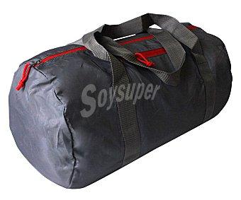 CUP´S Bolse de deporte plegable fabricada en nylon color gris, 30 litros de capacidad 1 unidad