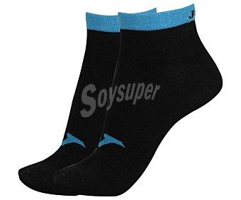 JOMA Pack de 2 pares de calcetines deportivos tobilleros invisibles, color negro y azul fluor, talla 39/42 Pack de 2