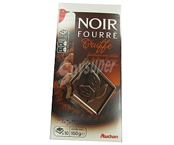 Auchan Chocolate negro extrafino relleno de trufa y trozos de pepitas de cacao caramelizado 150 gramos