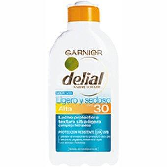 Delial Garnier Loción solar ligera F30 Bote 200 ml