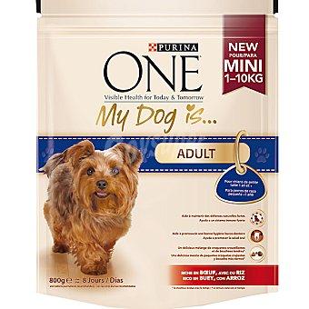 Rico Alimento para perros de raza pequeña adultos en pollo y arroz Paquete 800 g