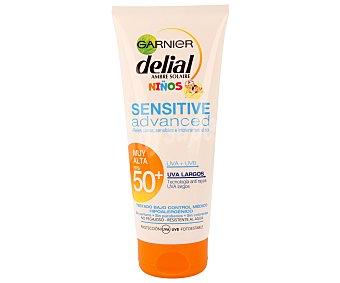 Delial Garnier Leche solar para niños con pieles claras, sensibles e intolerantes al sol y con factor protección 50+ (muy alto) 200 mililitros