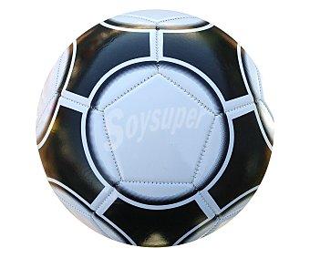 Productos Económicos Alcampo Balón de fútbol confeccionado en 3 capas, modelo Basic 1 unidad