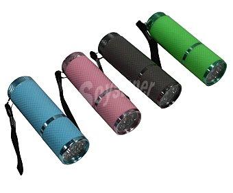 GARDEN STAR Linterna de 9 leds con cuerpo metálico, recubrimiento de goma antideslizante, correa de muñeca y divertidos colores 1 unidad