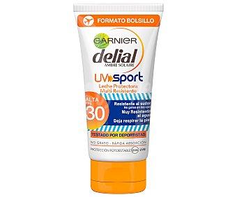 Delial Garnier Leche solar multi resistente, con factor de protección 30 (medio) 50 ml