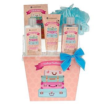Flor de Mayo Cesta de baño Rose to Remember con gel + sales + leche corporal + crema de manos y cuerpo + esponja 1 ud