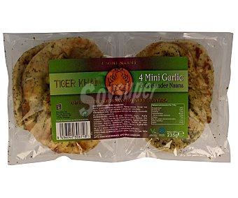 Tiger Khan Panecillos indios Naan con ajo y cilantro 4 unidades