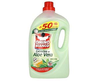 Omino Bianco Detergente maquina liquido con extractos de aloe vera Botella 27 dosis + 13 gratis