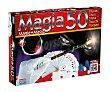 Caja con accesorios y manual para 50 trucos de magia juegos  Falomir juegos