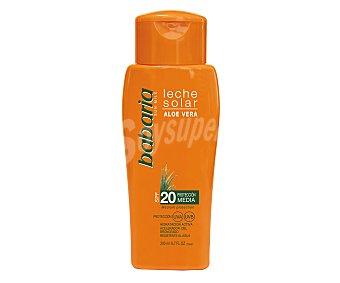 Babaria Leche solar hidratante con aloe vera y factor de protección 20 (medio) 200 ml
