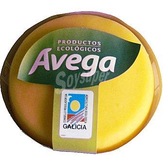 Avega Queso gallego elaborado con leche de vaca ecológico  850 g (peso aproximado pieza)