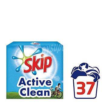 Skip Detergente en polvo Active Clean Maleta 37 dosis