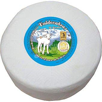 VALDECABRAS Queso de cabra fresco prensado sin sal  2,5 kg peso aproximado pieza