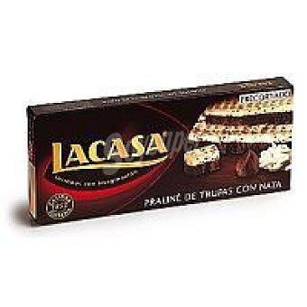 Lacasa Turrón praliné-trufas con nata precortado Estuche 200 g