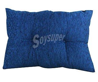 AUCHAN Cojín de chenilla color azul zafiro liso, 40x60 centímetros 1 Unidad