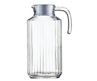 LUMINARC Jarra para agua modelo Quadro, con capacidad de 1.7 litros y fabricada en vidrio tranparente 1 Unidad