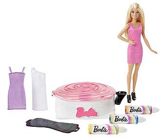Barbie Estudio de diseño Gira y diseña con vestido lavables y muñeca 1 unidad
