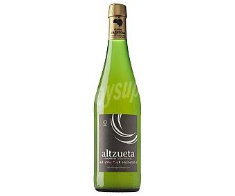 Altzueta Sidra natural premium con denominación de origen Eukal Sagardoa Botella de 75 cl