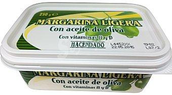 Hacendado Margarina oliva ligera (vitamina a+d) Tarrina 250 g