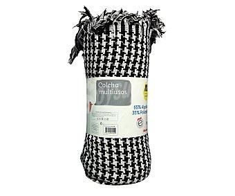 Auchan Colcha estampada de hilo con estampado pata de gallo en color blanco y negro, 160x250 centímetros 1 unidad