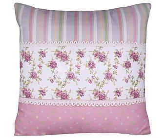 Auchan Cojín 43x43 centímetros estampado flores y rayas en tonos rosas auchan