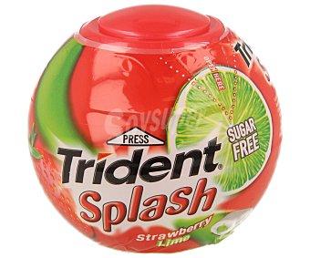 Trident Splash - Chicle sin azúcar con sabor a fresa y lima - 88 g