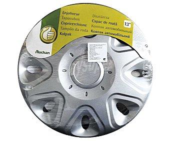 """Productos Económicos Alcampo Tabacubo con acabado en color plata para ruedas de 13"""" 1 unidad"""