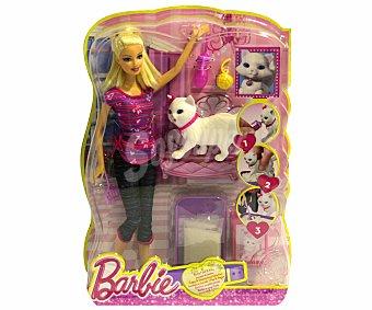 Barbie Muñeca Barbie, su Perrito Taffy y Accesorios 1 Unidad