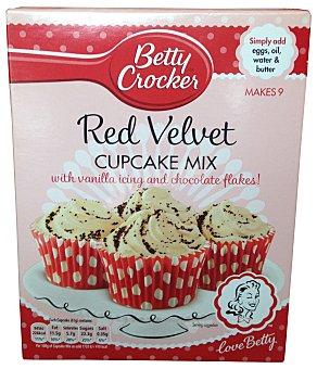 BETTY CROCKE Preparado de cupcake red velvet sabor chocolate (incluye moldes, cobertura vainilla y pepitas decorar) Paquete de 297 g (9 raciones)