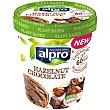 Helado de chocolate con avellanas y sin edulcorantes 500 ml Alpro Asturiana