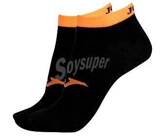 JOMA Pack de 2 pares de calcetines deportivos tobilleros invisibles, color negro y naranja fluor, talla 39/42 Pack de 2