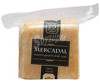 Mercadal Queso curado Mahón 750 gramos aproximados