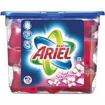 Ariel Detergente líquido en cápsulas Caja 15 dosis
