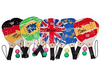 KRAFWIN Conjunto de 2 palas de madera de playa con superficie perforada + 2 pelotas, correa de muñeca y diseño con los colores de las banderas más conocidas 1 unidad
