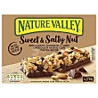 Barrita de chocolate negro y frutos secos Sweet & Salt Nut Pack de 4 unidades de 30 g Nature Valley